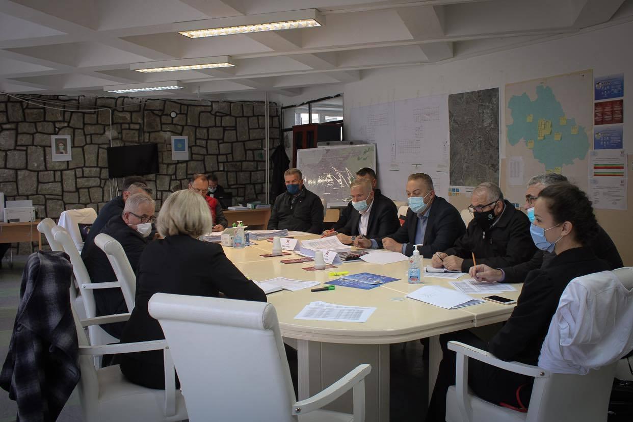Xhemaili: Gjilani ka aktualisht 271 raste aktive, apeloj për respektim të masave anti – COVID-19
